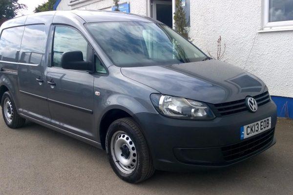 Volkswagon-Caddy-Maxi-1-6-TDi-C20-01